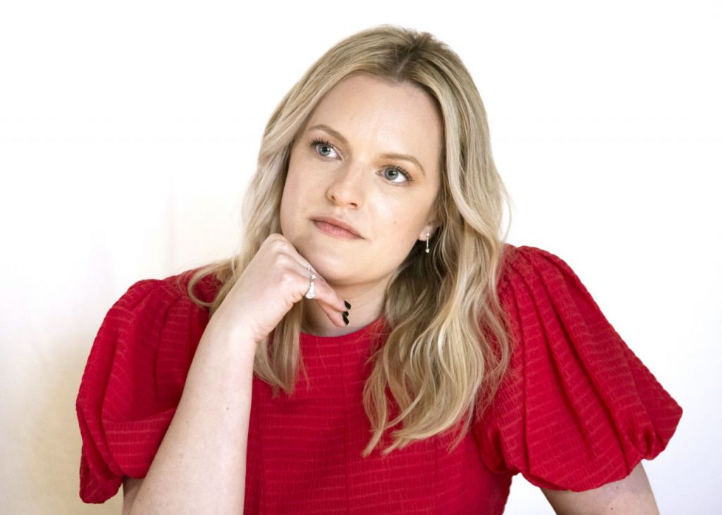 Promoting Invisible Man in Hollywood 2020: Elisabeth Moss (10 Photos)