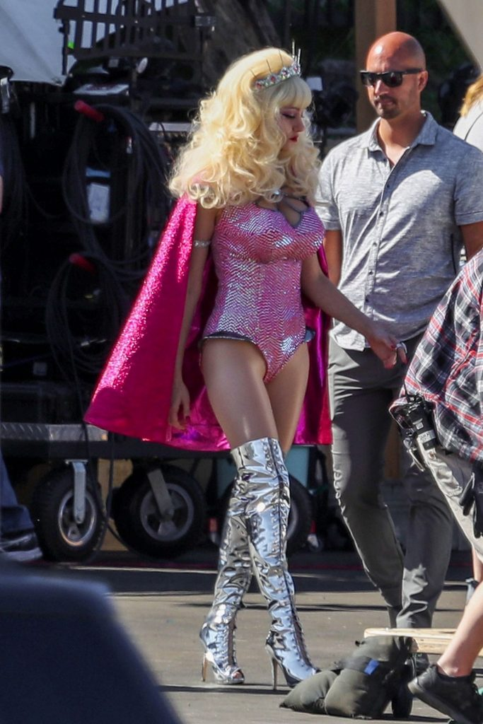 Emmy Rossum – Filming Scene for Angelyne in Los Angeles 2020 (7 Photos)