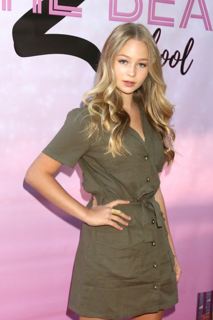 To The Beat Back 2 School Premiere in North Hollywood: Ivy Mae Anderson (8 Photos)