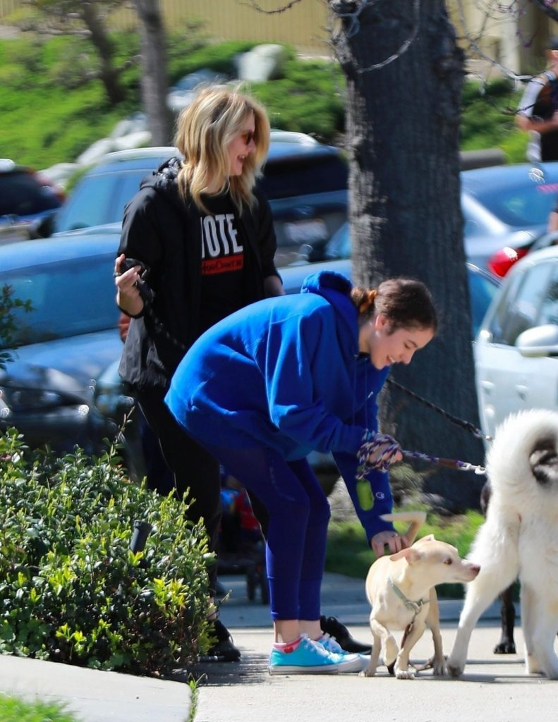 Lisa Rinna – Walking With a Dog in LA 2020 (10 Photos)