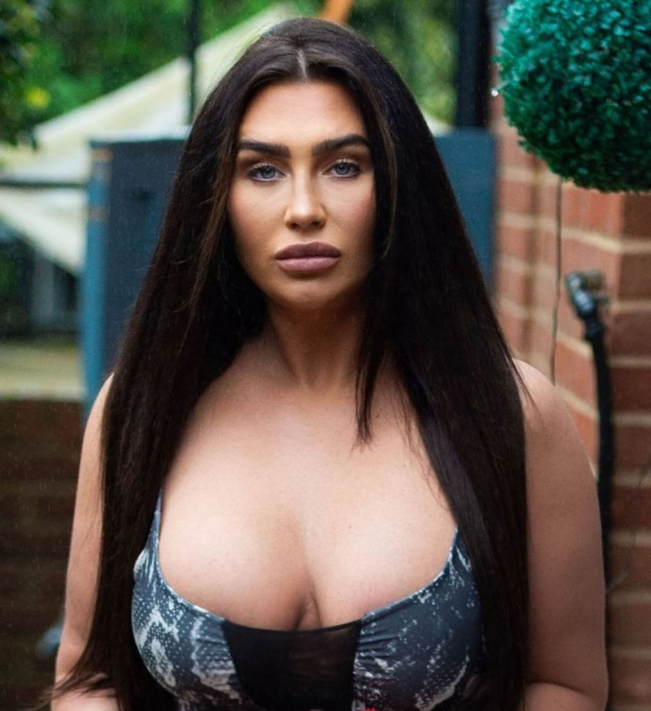 Lauren Goodger – Head Out for an Exercise Session 2020 (10 Photos)