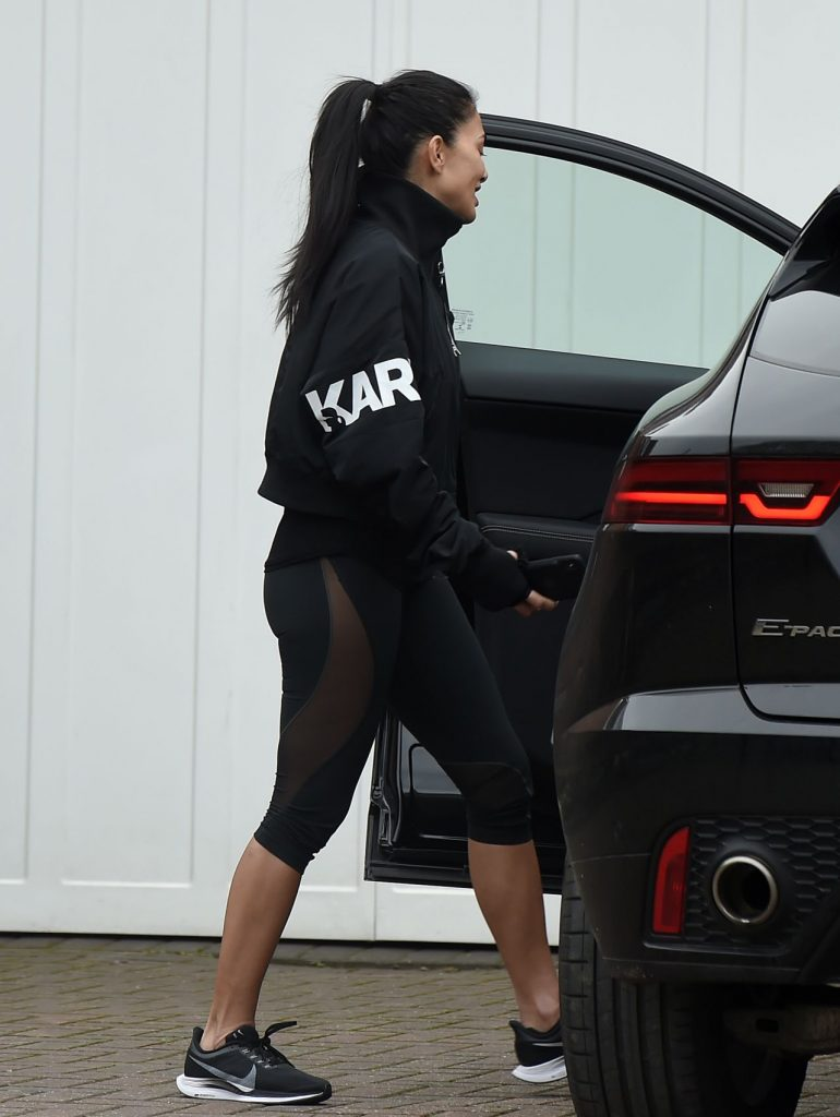 Nicole Scherzinger – Leaves a Personal Training Session in London 2020 (5 Photos)