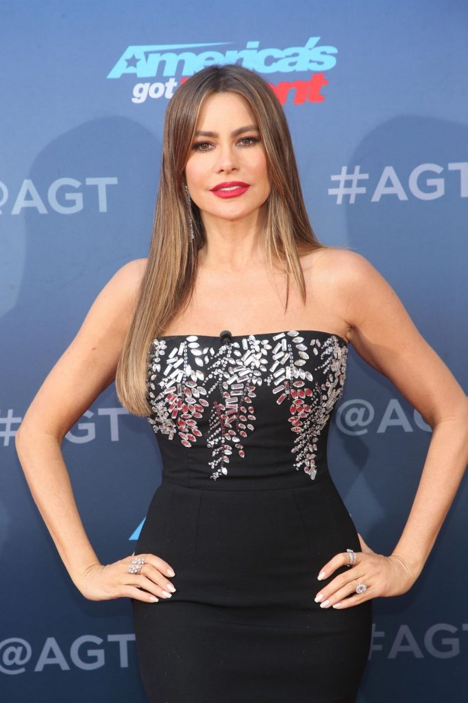 America's Got Talent- Season 15 Kickoff in Pasadena: Sofia Vergara (6 Photos)