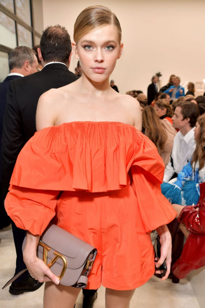 Victoria Lee – Valentino Show at Paris Fashion Week 2020 (3 Photos)