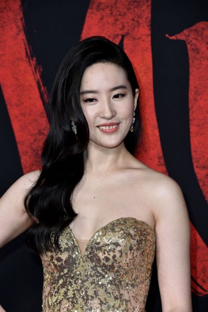 Mulan Premiere in Hollywood: Yifei Liu (10 Photos)
