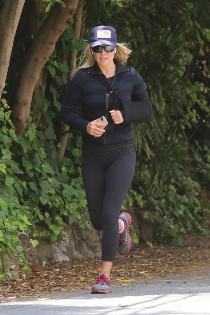 Ali Larter – Out for a Jog in Pacific Palisades 2020 (10 Photos)