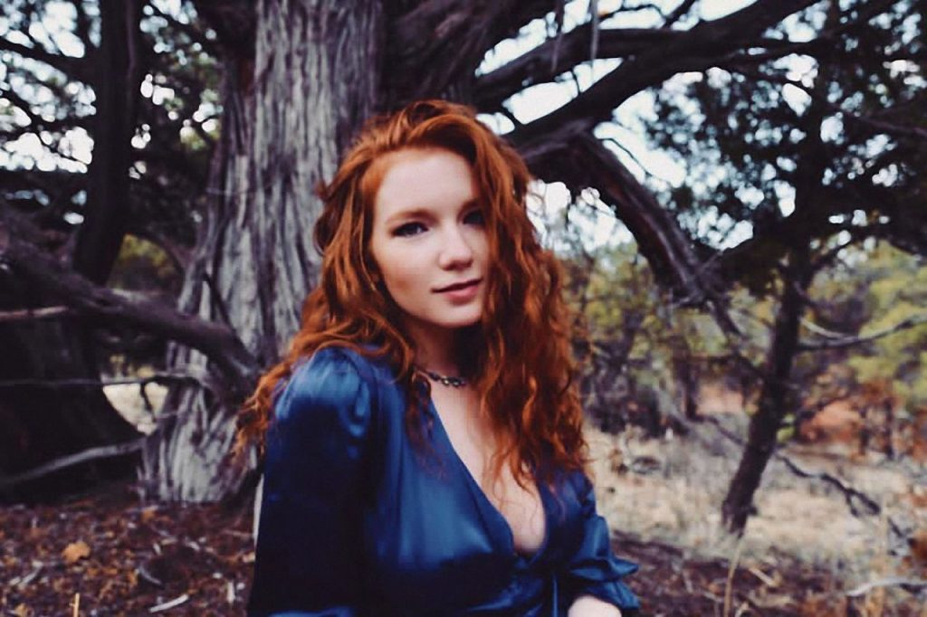 Annalise Basso – Self portraits 2020 (3 Photos)