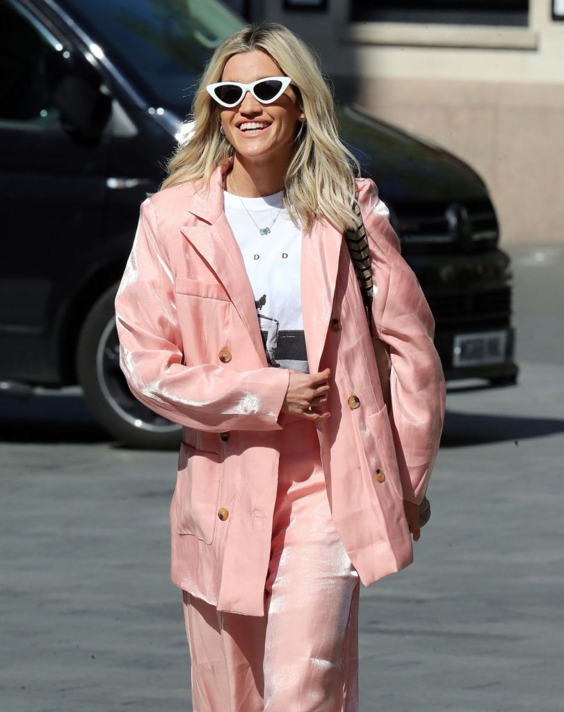 Ashley Roberts in Pink -Rock -n Roll Vibe- Suit – London 2020 (10 Photos)