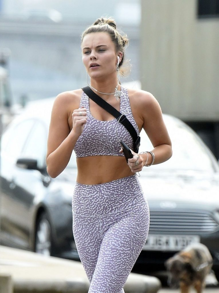 Emily Blackwell – Out in London 2020 (10 Photos)