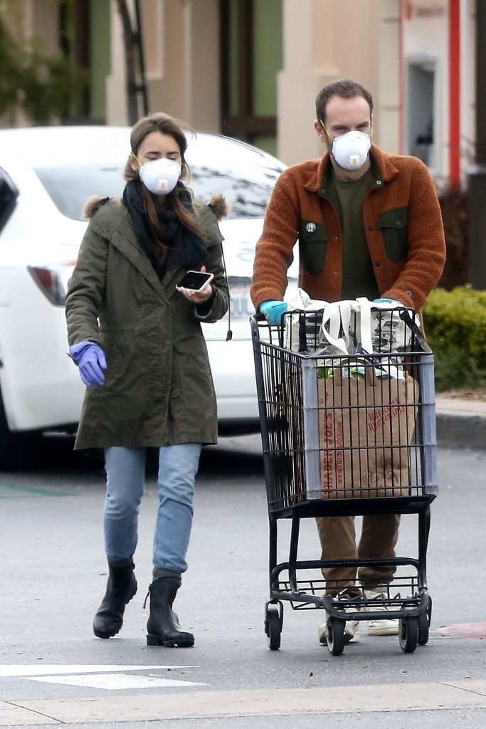 Lily Collins – Grocery Shopping in Los Angeles 2020 (10 Photos)