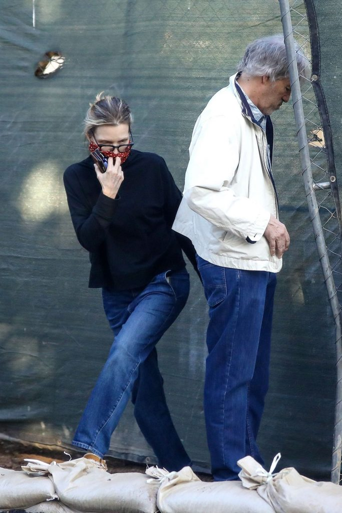Michelle Pfeiffer – Out in Los Angeles 2020 (6 Photos)