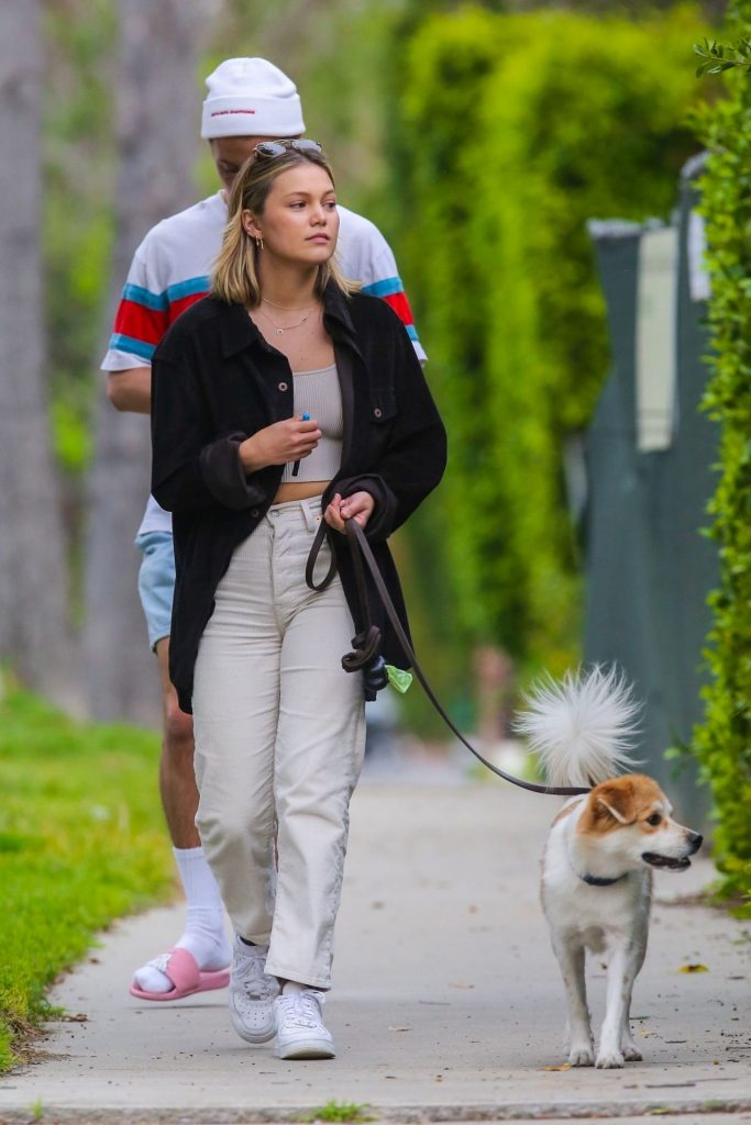 Olivia Holt – Walks Her Dog in Los Angeles 2020 (6 Photos)