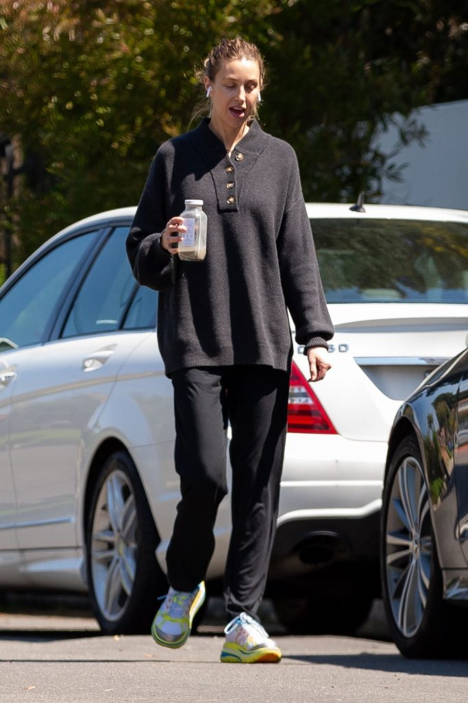 Whitney Port – Out in Her Los Angeles Neighborhood 2020 (4 Photos)