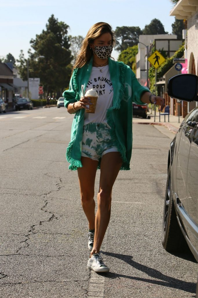 Alessandra Ambrosio Leggy in Shorts – Get Coffee in Brentwood 2020 (10 Photos)
