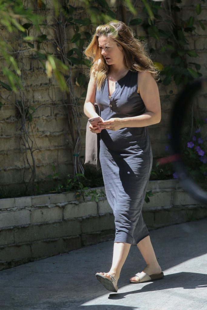 Alicia Silverstone – Out in Los Angeles 2020 (6 Photos)