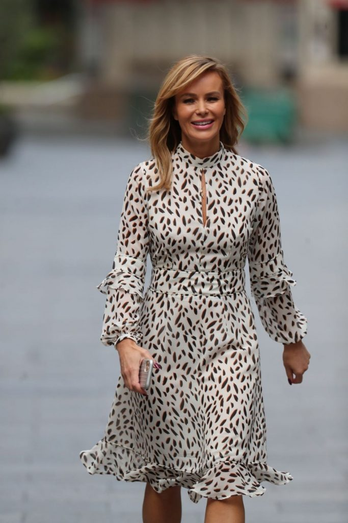 Amanda Holden – Arriving at Heart Radio in London 2020 (5 Photos)