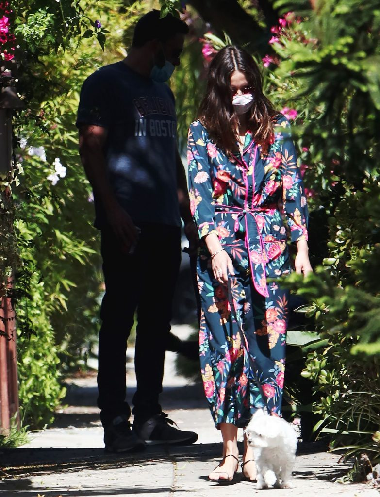 Ana de Armas in a Floral Jumpsuit Out in Venice Beach 2020 (7 Photos)