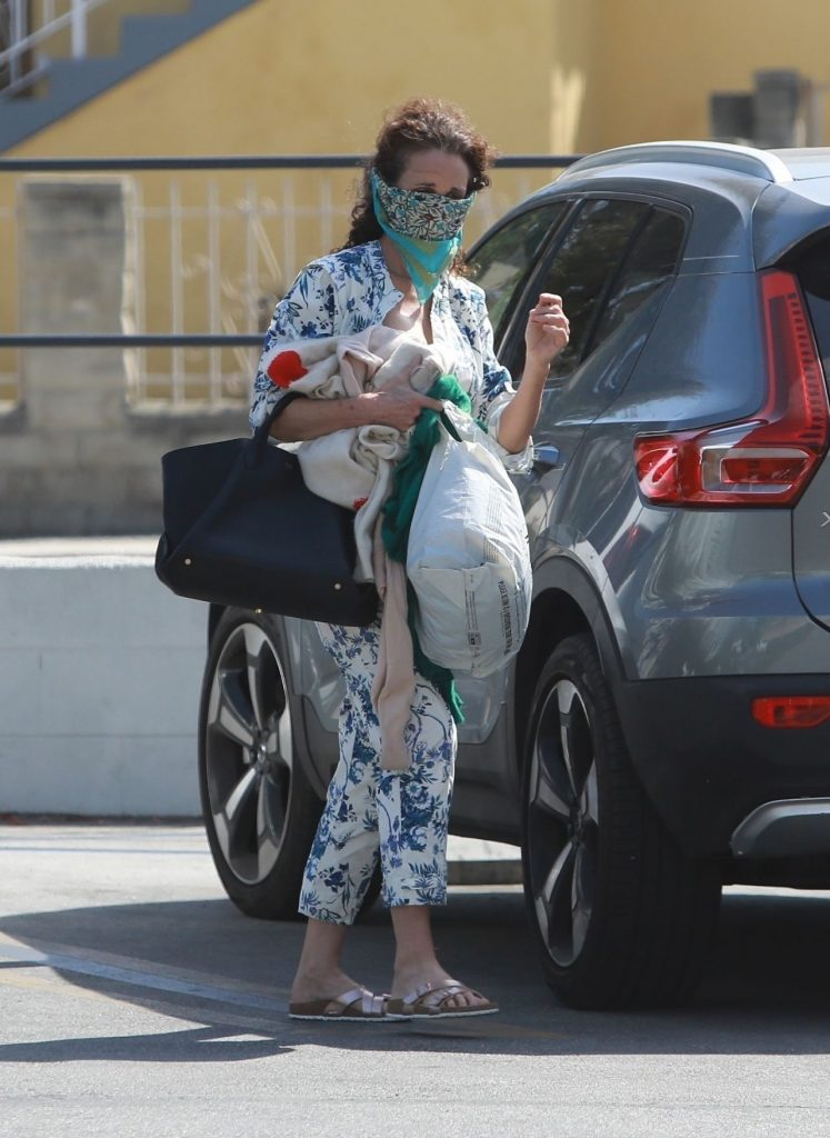 Andie MacDowell in a Vibrant Floral Jumpsuit 2020 (12 Photos)