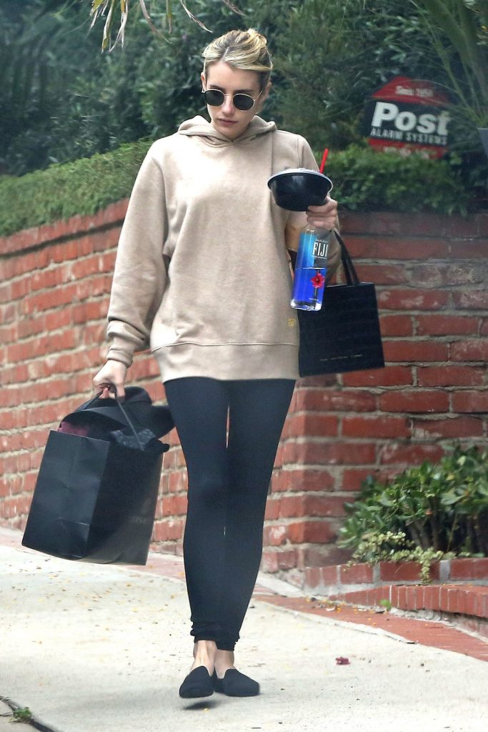 Emma Roberts – Out in Los Angeles 2020 (7 Photos)