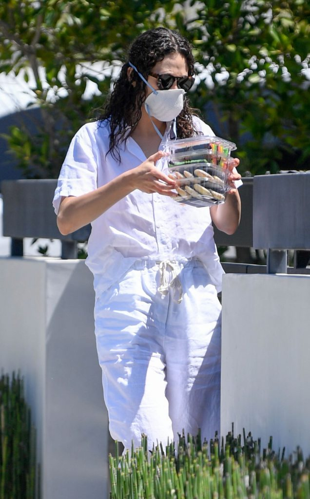 Emmy Rossum Dropping Off Cookies to a Neighbor 2020 (7 Photos)