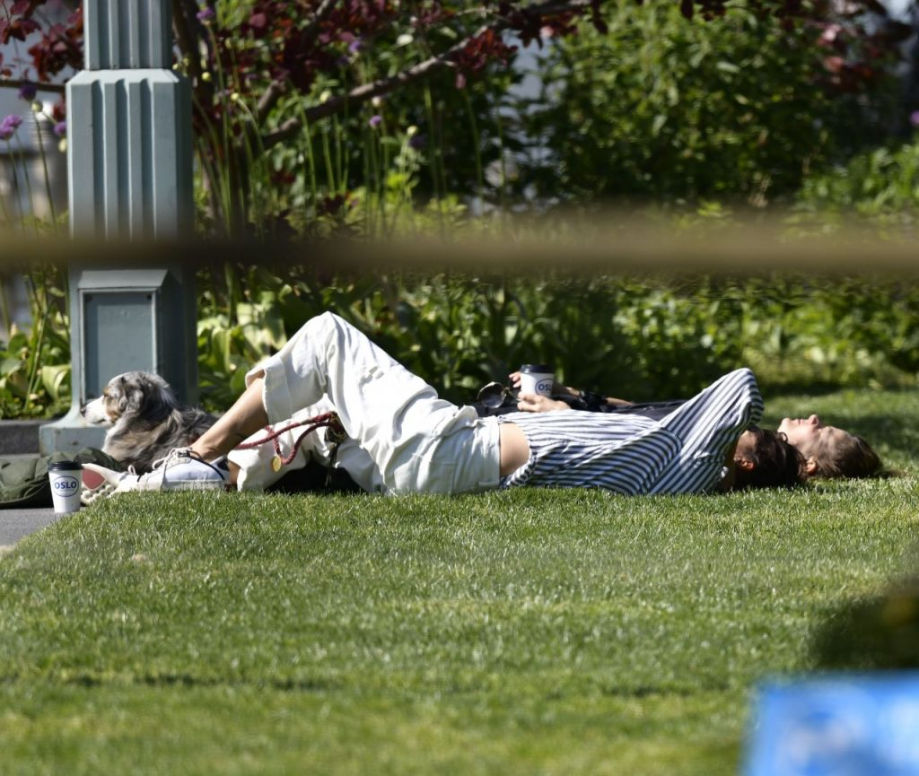 Helena Christensen in a Park in NY 2020 (9 Photos)