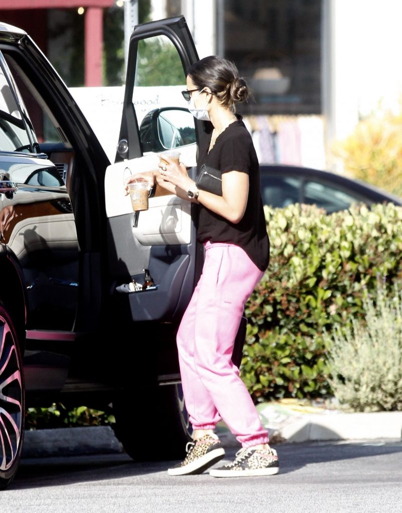 Jordana Brewster – Out in Brentwood 2020 (5 Photos)