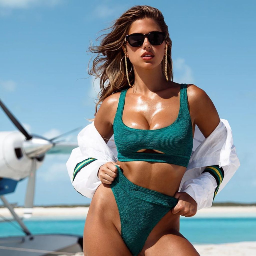 Kara Del Toro Bikini Photoshoot April 2020 (4 Photos)