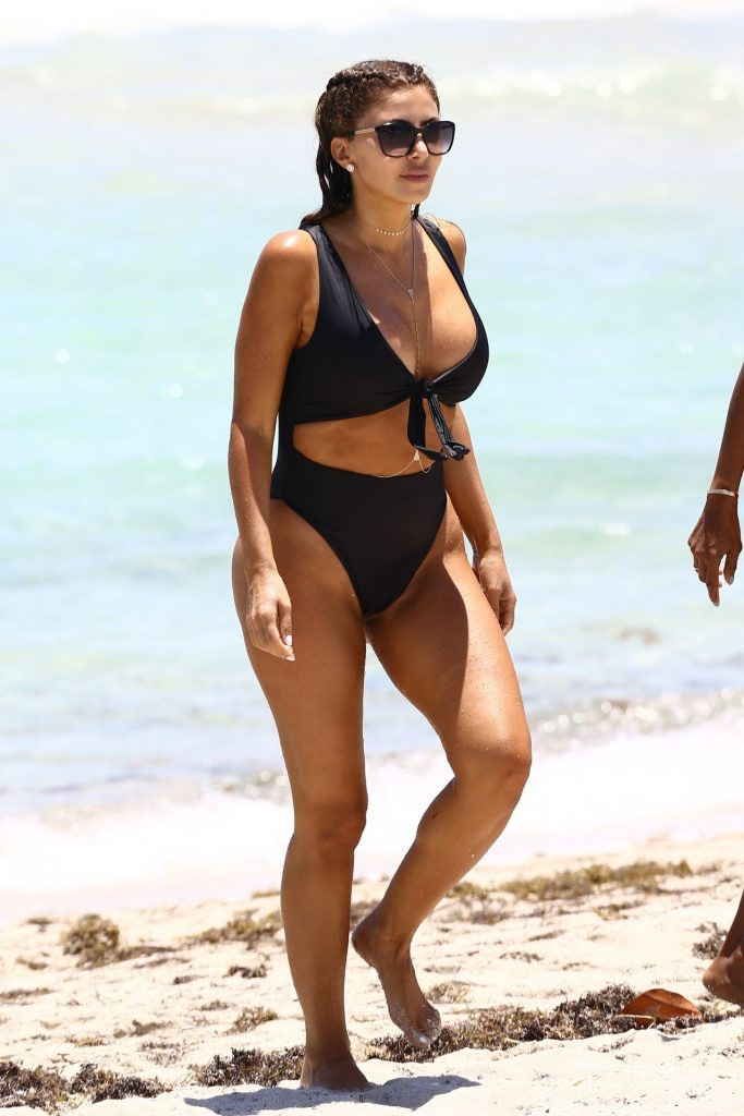 Larsa Pippen at Miami Beach 2020 (10 Photos)