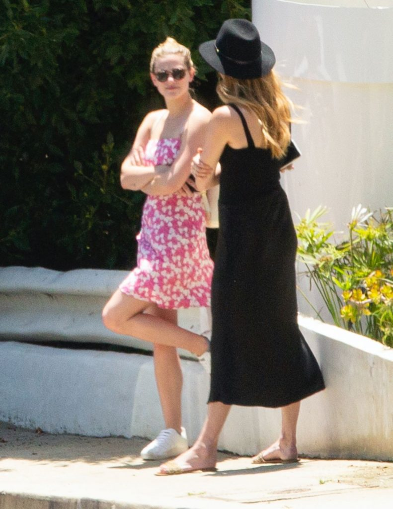 Lili Reinhart – House Hunting in Los Angeles 2020 (10+ Photos)