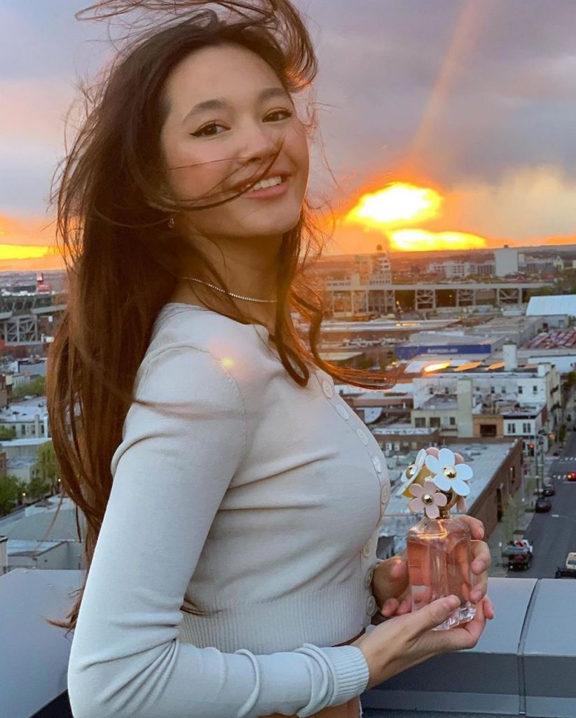 Lily Chee – Personal Pics 2020 (14 Photos)