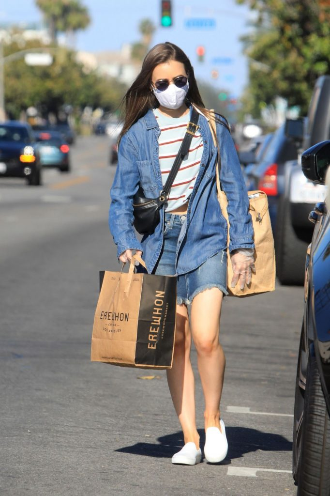 Lily Collins – Grocery Shopping in LA 2020 (7 Photos)