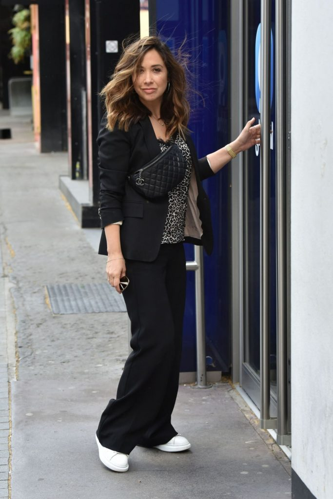 Myleene Klass in Casual Outfit – Smooth Radio in London 2020 (7 Photos)
