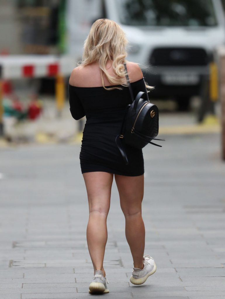 Sian Welby – Out in London 2020 (13 Photos)