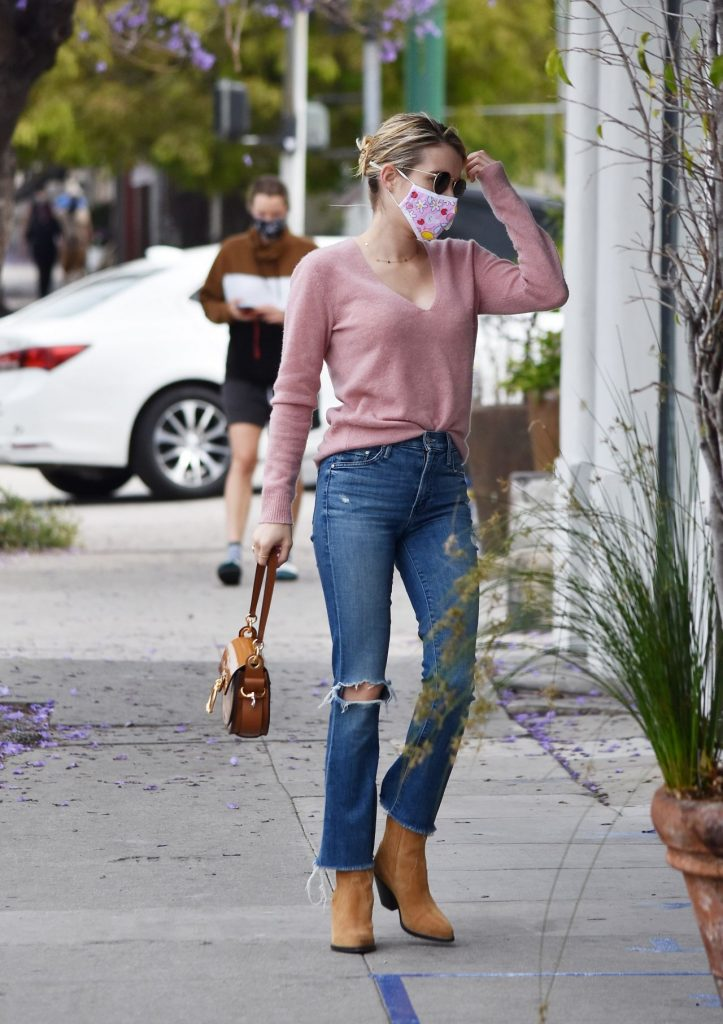 Emma Roberts Style – Los Angeles 2020 (10 Photos)