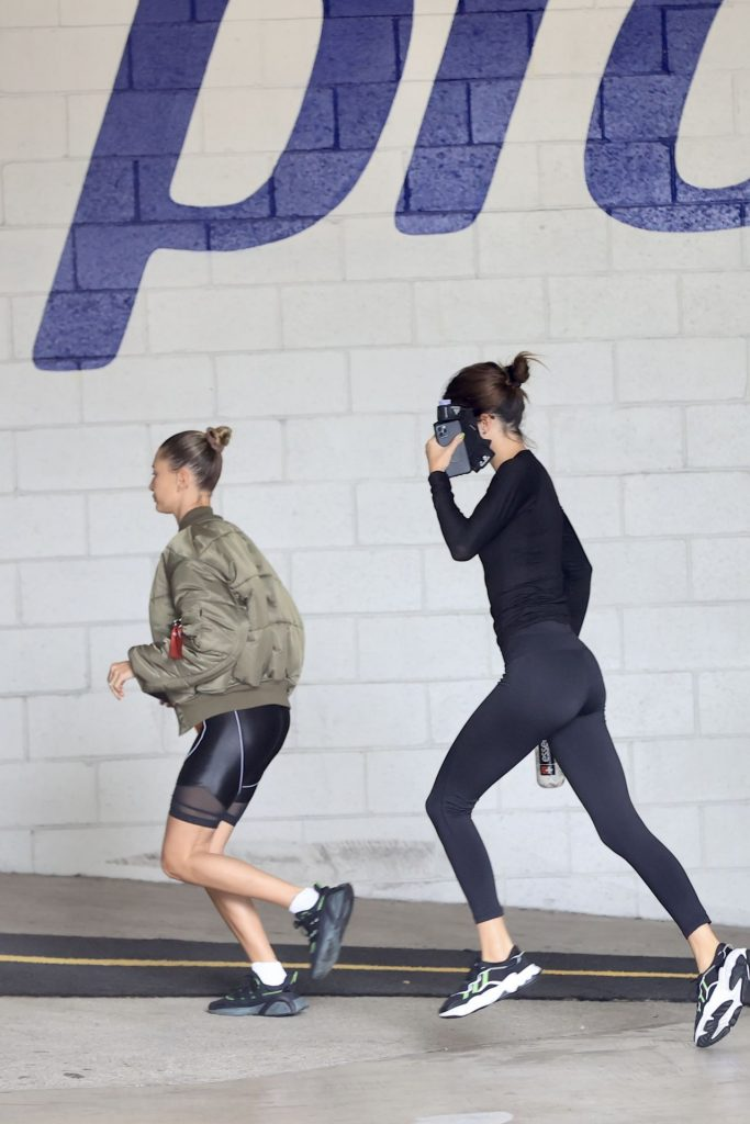Hailey Bieber and Kendall Jenner – Out in Beverly Hills 2020 (4 Photos)
