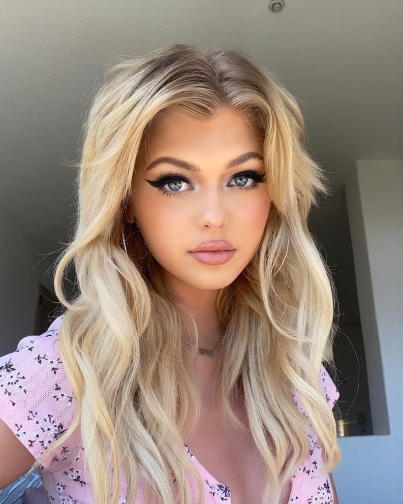 Loren Gray – Social Media Photos 2020 (16 Photos)