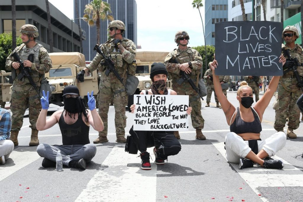 Madison Beer – Protesting in LA 2020