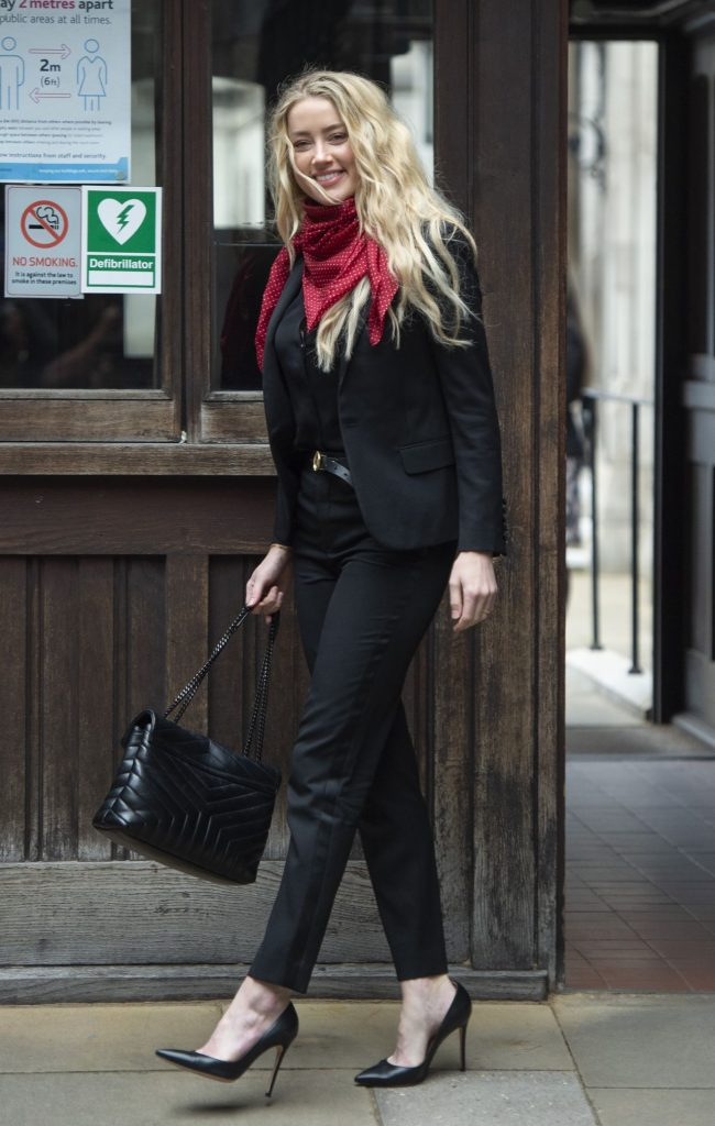 Amber Heard Outfit – Royal Courts of Justice in London 2020