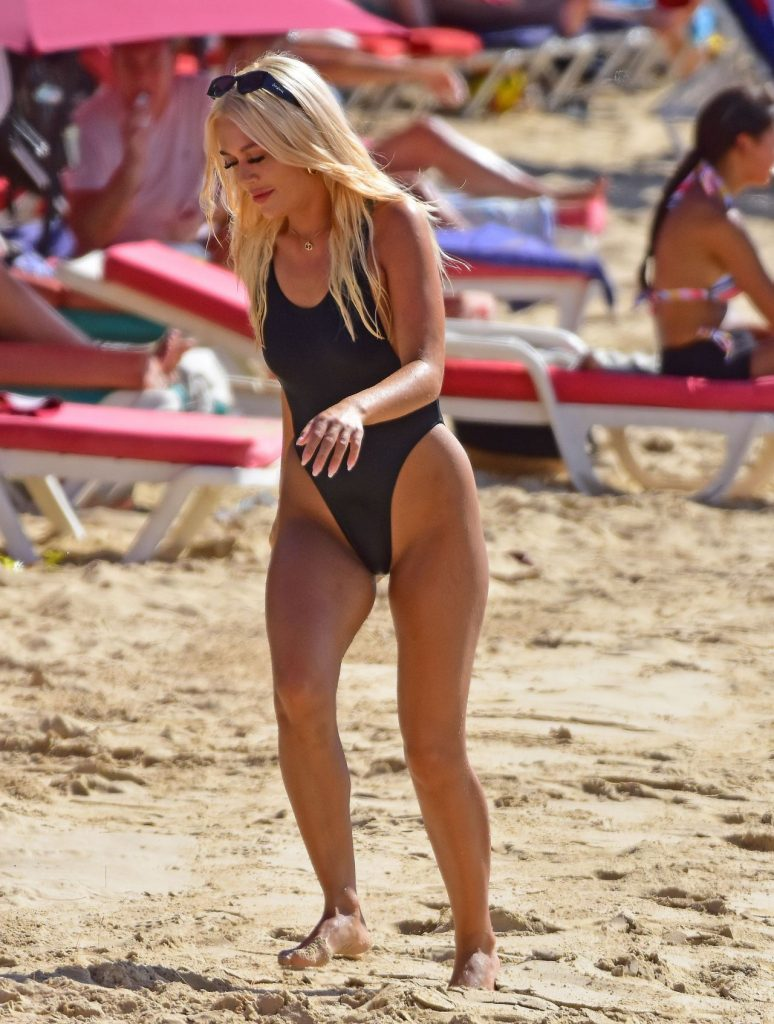 Lottie Tomlinson in a Swimsuit in Barbados- January 2020
